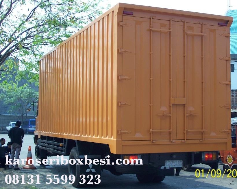 Karoseri box besi Mitsubishi Fuso FM517H