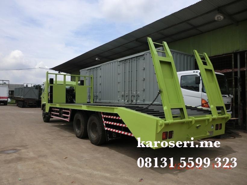Karoseri self loader Hino FL235JW