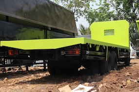 flatbed-truk-9.70-meter