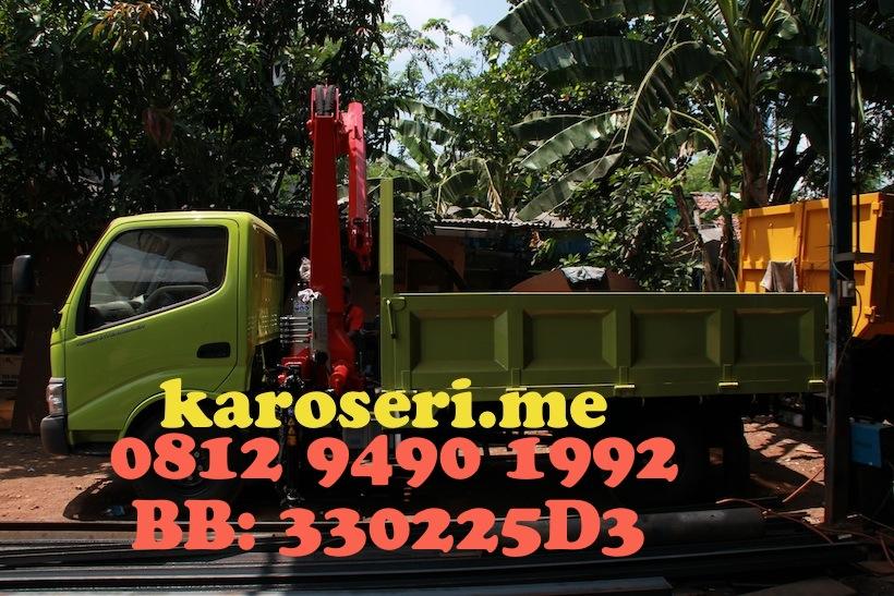 mounted-truck-crane-ferrari-561-a2-hino-dutro