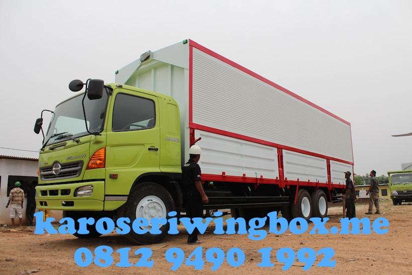 hino-fl-240-jw-lampung-raya-karoseri-wingbox