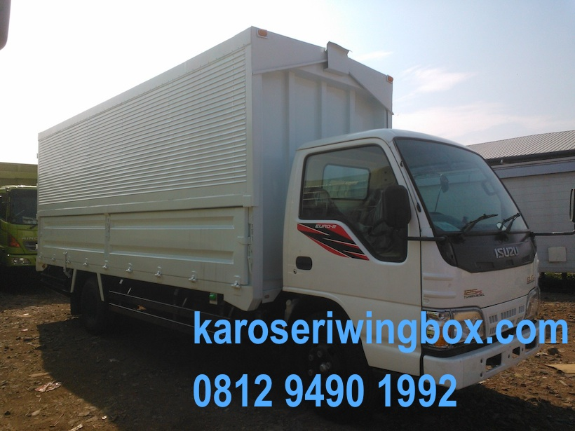 karoseri-wingbox-isuzu-elf-nkr-71-3