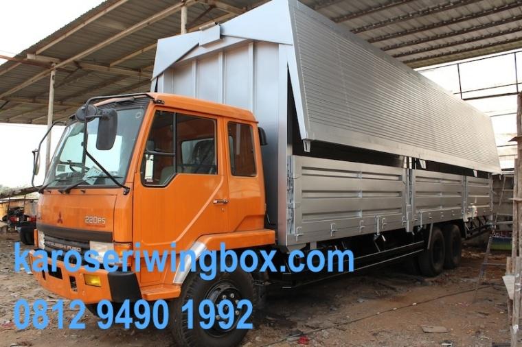 karoseri wingbox tronton