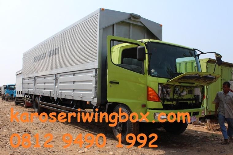 Karoseri-wing-box-panjang-karoseri-8.50-meter-hino-fg-235-jp