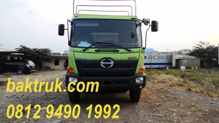 Karoseri bak truk AKAP New Hino FG235JL ekstra kargo ekstra kubikasi, pilihan karoseri paling pas hubungi 0812 9490 1992