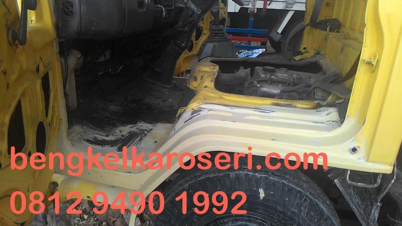 Proses-repair-kabin-truk-dan-cat-ulang-kabin-truk-02