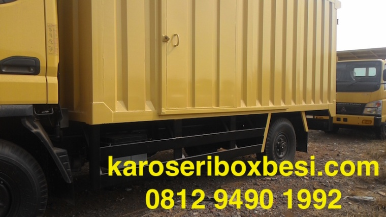 karoseri-box-canter-pintu-samping-3