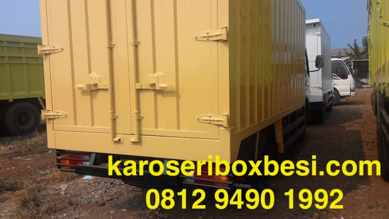karoseri-box-canter-pintu-samping-1