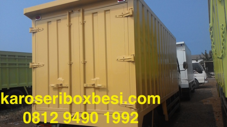 karoseri-box-canter-pintu-samping-5