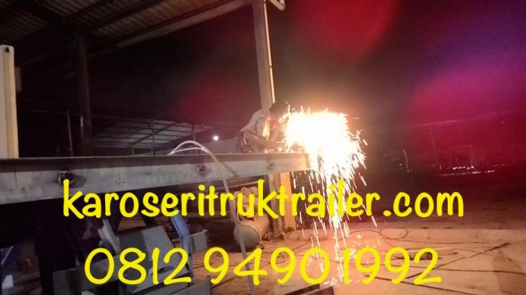 manufaktur-karoseri-trailer-20-ft