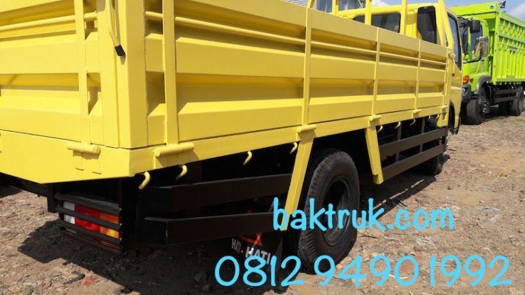 karoseri-bak-truk-drop-side-3-pintu-mitsubishi-canter-colt-diesel-fe-74-hd-farid-belakang-sudut