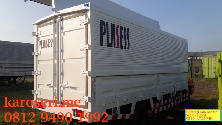 karoseri-wingbox-isuzu-elf-plasses-2