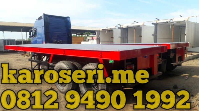 karoseri-trailer-flatbed-20-ft-pelni-logistics